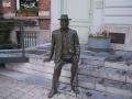 standbeeld2