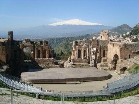 greek-theatreTaormina1